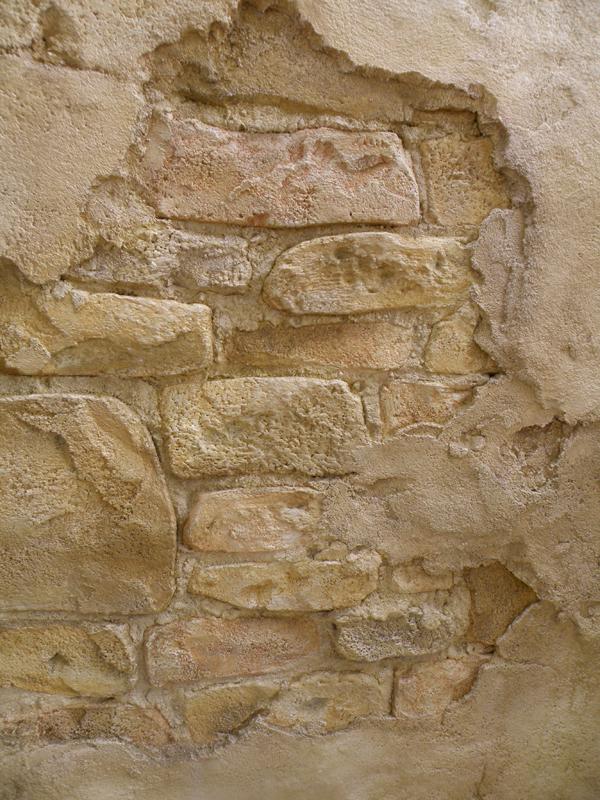 ヨーロッパの石積みのカッコ良さを追求して制作しました。
