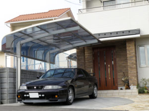 駐車スペース と 1台用のカーポート設置… 車がステキ!