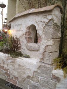 レンガと石を組み合わせたデザインは定番ですが、好きな雰囲気です