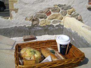 作業中に何回も美味しいパン&コーヒーを ごちそうになりました